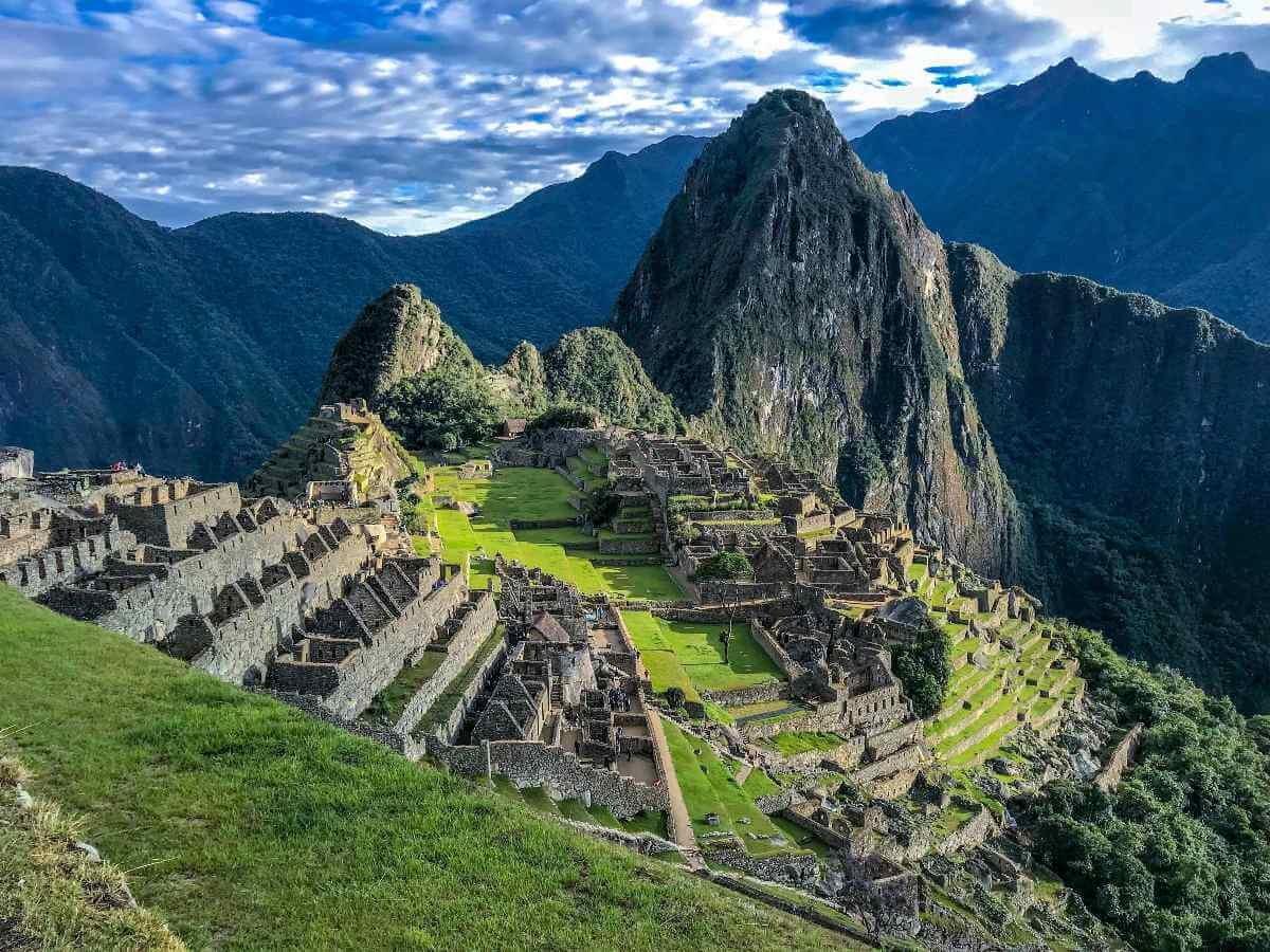 """Autorizan grabaciones de """"Transformers"""" en Machu Picchu."""
