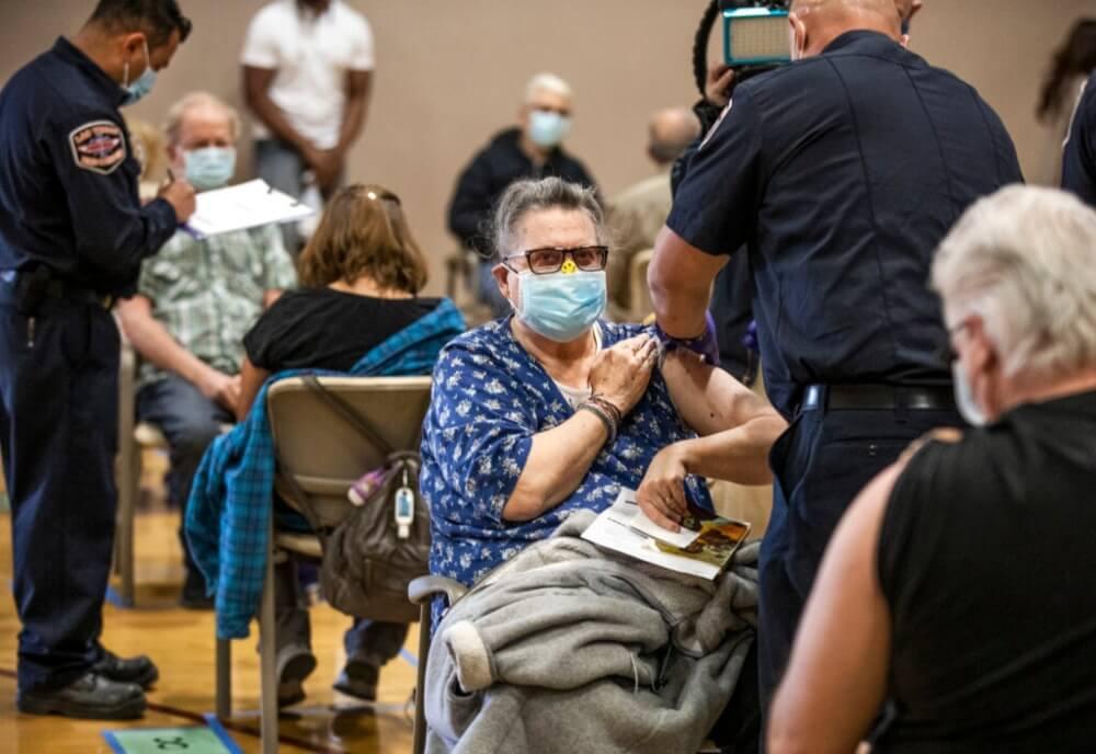 Ahora puedes ingresar solo con tu prueba de vacunación a los grandes eventos en Las Vegas.